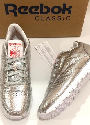 Оригінал! нові шкіряні кросівки reebok classic leather. bs51153 фото