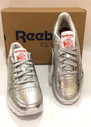 Оригінал! нові шкіряні кросівки reebok classic leather. bs51155 фото