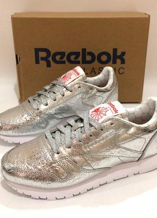 Оригінал! нові шкіряні кросівки reebok classic leather. bs51156 фото