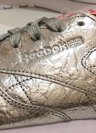 Оригінал! нові шкіряні кросівки reebok classic leather. bs51158 фото