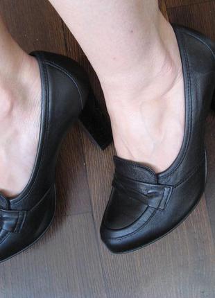 Кожаные туфли, высокий устойчивый широкий каблук, бренд baldaccini, польша, р. 36
