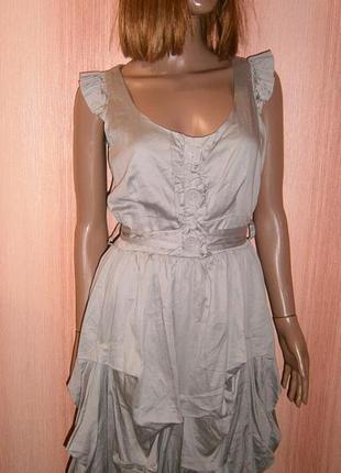 Красивое платье баллон бежево серого цвета от look артикул 17