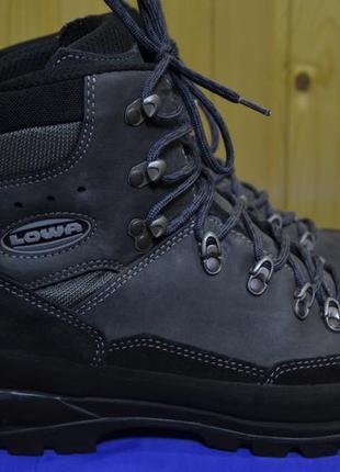 Мужские трэккинговые ботинки lowa trekker mid