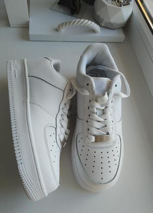 Новые кроссовки кеды под nike