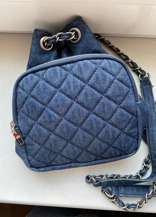 Маленькая джинсовая сумочка рюкзак