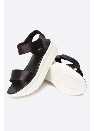Босоножки на платформе vagabond оригинал, черный сандалии на липучках