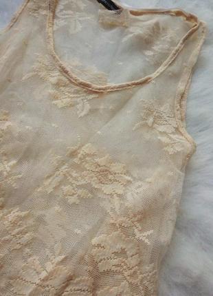 Ажурная короткая блуза кроп топ бежевая нюд гипюр майка вышивка пудра сетка