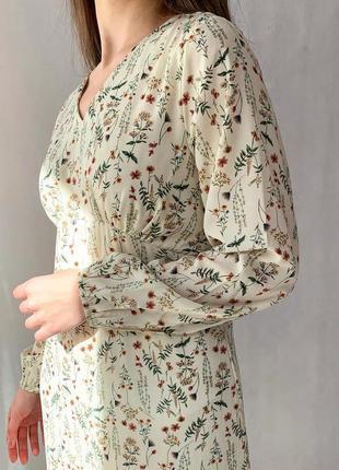Платье в цветок3 фото
