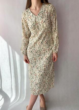 Платье в цветок4 фото