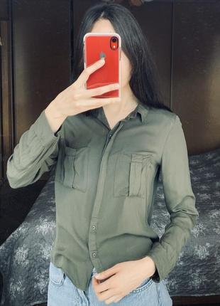 Рубашка хаки bershka