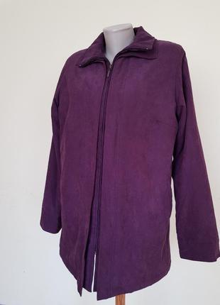 Курточка на тонком синтепоне состояние новой