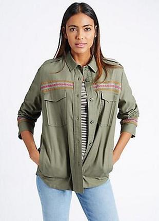 Крутая куртка рубашка с вышивкой marks&spenser 22--56-58 размер.