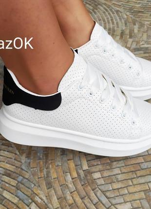 Белые кроссовки ботинки кеды слипоны криперы на платформе в стиле mcqueen