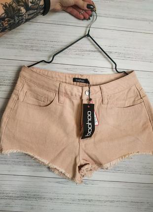 Мини джинсовые шорты от бренда boohoo
