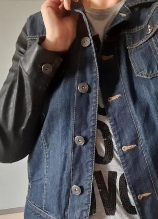 Джинсовая куртка  uk16 ( маломерит)