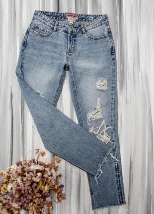 Castro рваные высокие джинсы