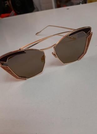 Очки солнечные солнцезащитные золотистые