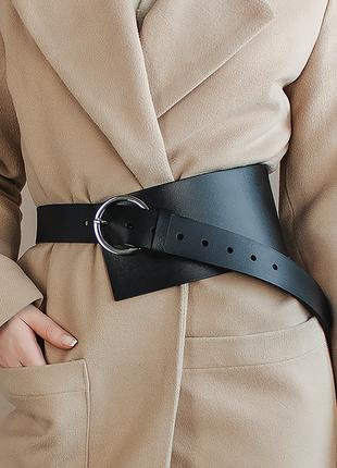 Ремень женский кожаный черный широкий массивный с круглой пряжкой кольцо ассиметричный