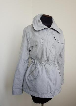 Легкая курточка с потайным капюшоном per una