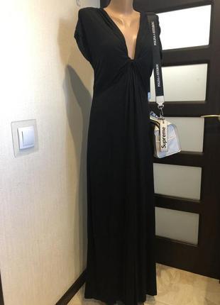 Крутое черное трикотажное платье макси трапеция