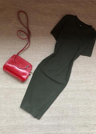 Базовое платье из хлопка фирмы zara