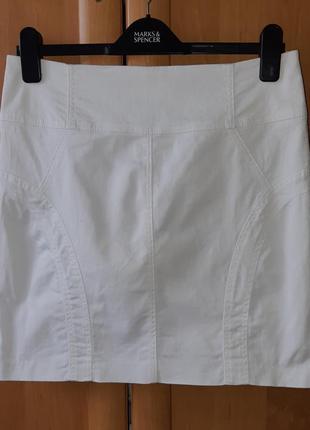 Коттоновая мини юбка бело-моллчного цвета