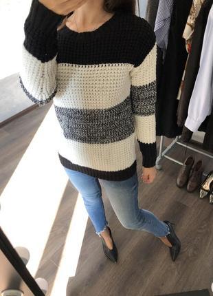 Тёплый свитер в стиле zara