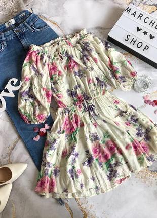 Цветочное платье открытые плечи