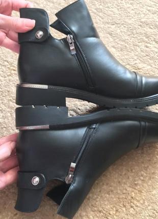 Стильные удобные красивые демисезонные ботинки 🥾