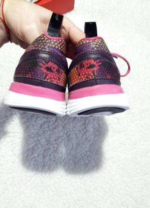 Кроссовки karrimor оригинал а також adidas asics reebok converse puma nike air max4 фото