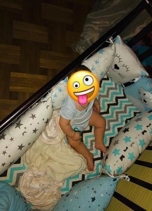 Бортики подушки в кроватку