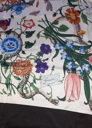 Шелковый платок в стиле gucci /90*92 см