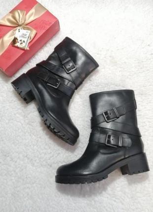 Кожаные полусапоги-ботинки на низком ходу. new look, оригинал