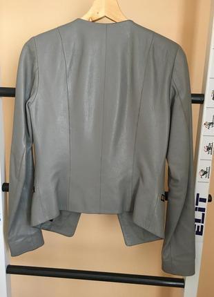 Шкіряна куртка жіноча
