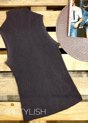 Сиреневый свитер жилетка