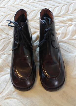 Классные новые винтажные ботинки layra berg