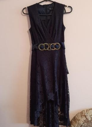 Платье нарядное кружевное