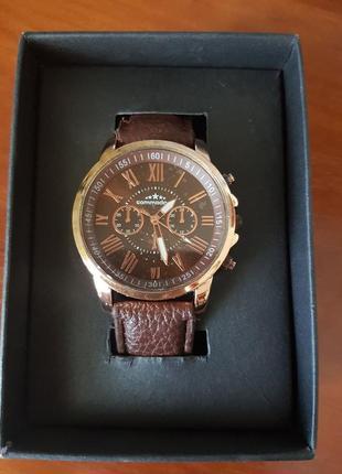 Стильные часы унисекс commodoor наручные коричневый ремешок в коробке