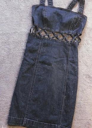 Крутой джинсовый сарафанчик