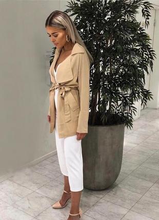 Обалденный приятный и практичный тренч удлиненный пиджак актуального цвета