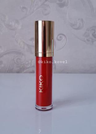 Magical holiday vinyl lip lacquer! жидкая лаковая помада kiko milano 05