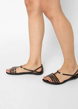 Босоножки crocs isabella w10 40-41 размер оригинал сандалии крокс кроксы