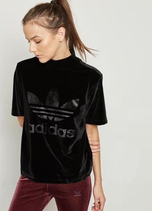 Стильная бархатная футболка adidas оригинал