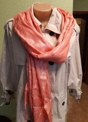 Кораловый  обьемный шарф