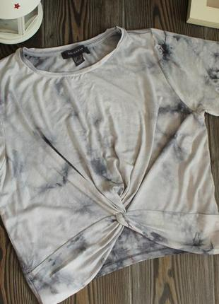Укороченная футболка кроп топ с эффектом варенки