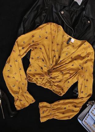 Шикарная красивая нарядная горчичная блуза в цветочный принт с узлом