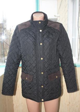 Стильная стёганая куртка чёрная с вельветовыми вставками