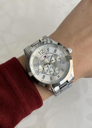 Часы женские наручные металлические серебристые
