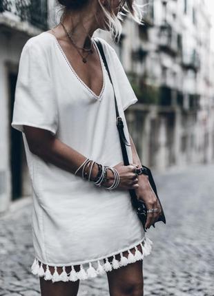 Обалденное оверсайз платье футболка с кисточками gtig london