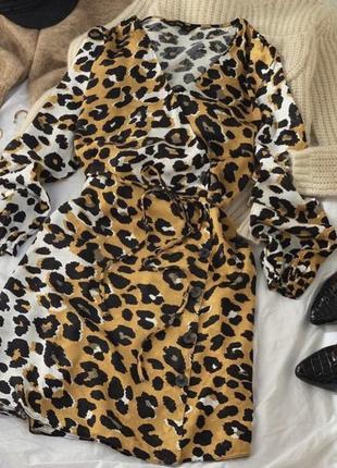 Платье халат рубашка на запах лео принт на пуговицах f&f asos zara mango h&m boohoo